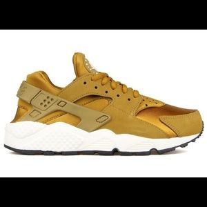 Nike Wmns Air Huarache Run 'Bronzine'